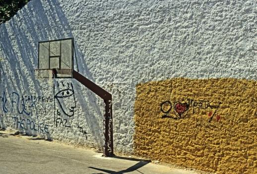 wall basket by goandgo CC Flickr