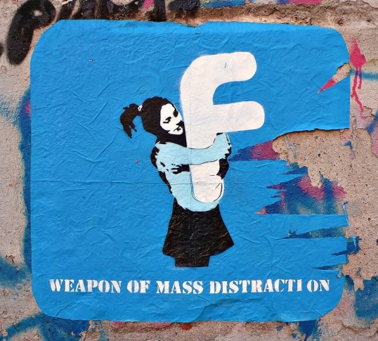 Weapon of Mass Distraction a CC in Flicker by starkart.org