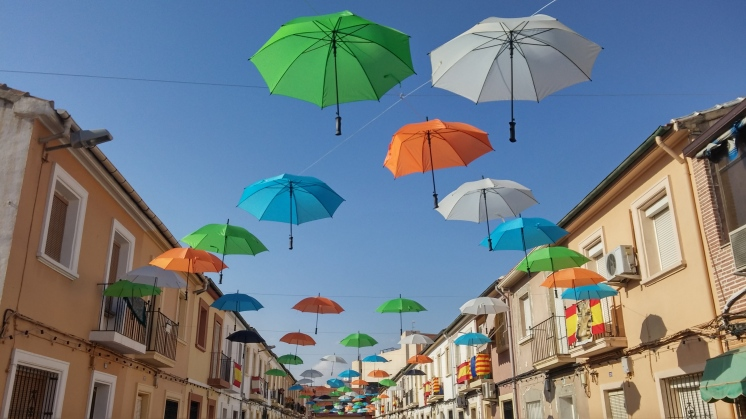 urban umbrellas by pabloschillon