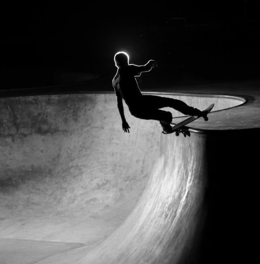 7034904587accbd0235397fd0c6ec4c2-skateboarding-photography-bowls.jpg
